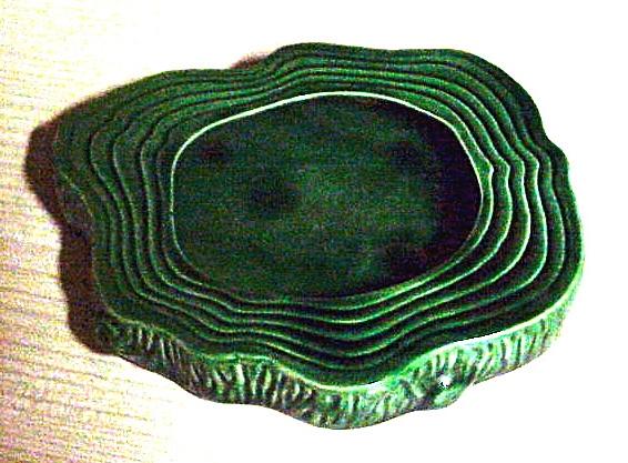 Dartmouth Pottery 187 log slice pond