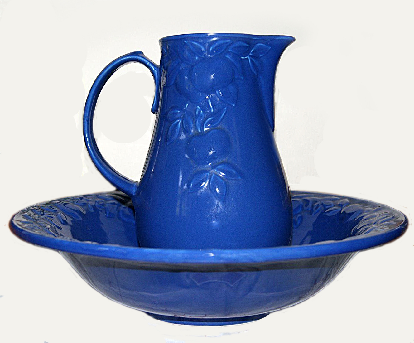 D813 Washbasin & Jug