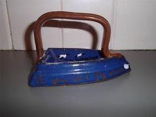 £21 Torquay pottery Iron Dec \'21