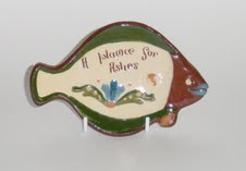 Longpark Pottery Tray in the shape of a fish \'plaice\' motto