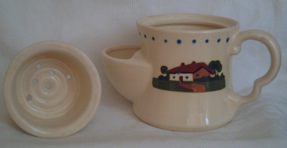 Dartmouth Pottery, Shaving Mug with separate lid in the form of a bowl