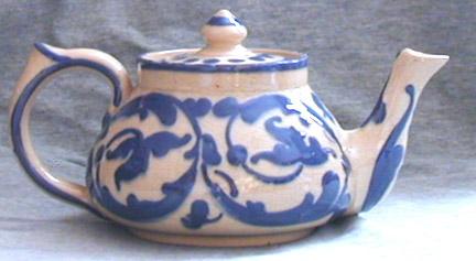 Aller Vale Teapot in Sandringham, C1 pattern