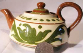Aller Vale Teapot with rare green Scandy