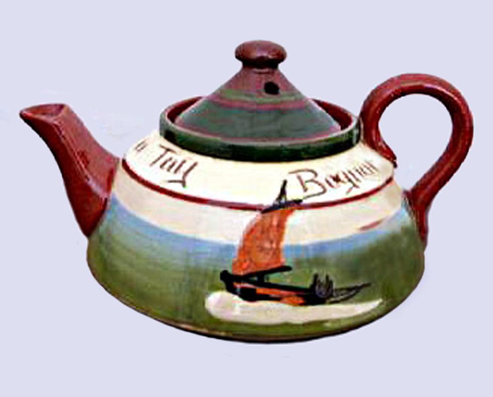 Longpark Pottery teapot-3