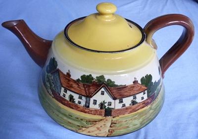 Watcombe Pottery 8-pint Teapot