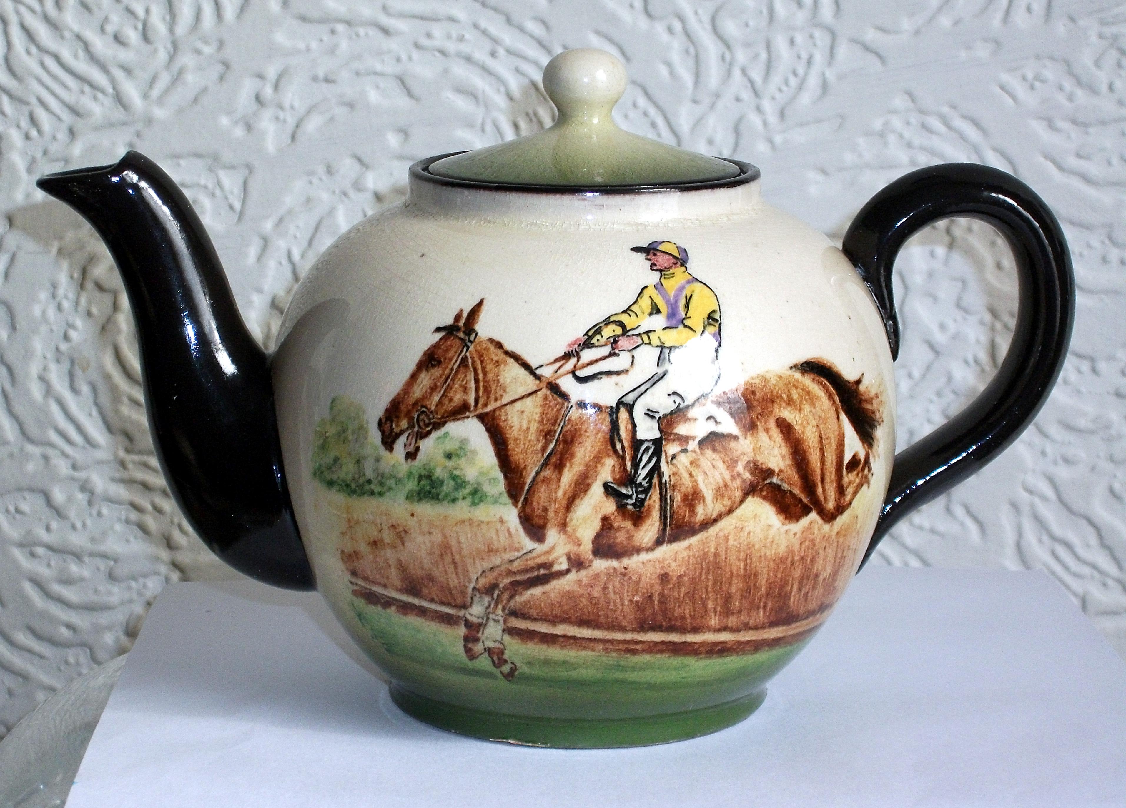 Watcombe sporting teapot