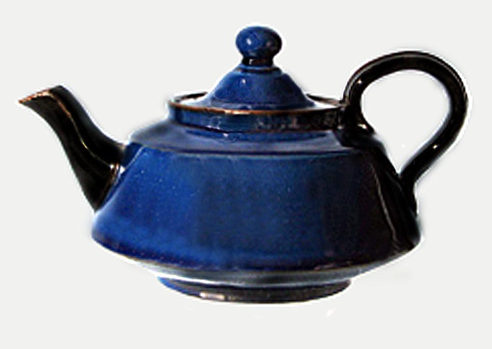 Watcombe Pottery teapot 9